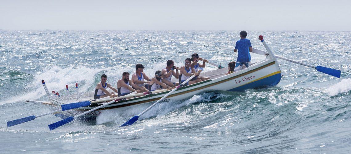teamwork-boat